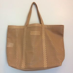 TOMMY BAHAMA Poly-Cotton Perforated Tan Tote